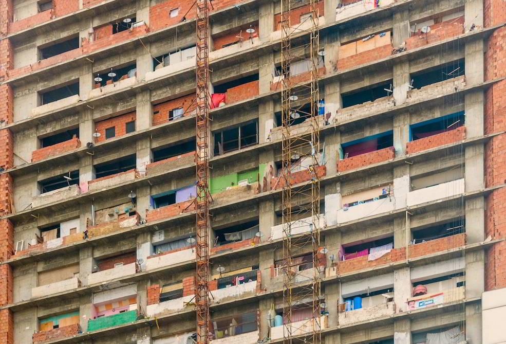 Leben in einer vertikalen Favela: der Torre David in Caracas.